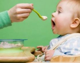 Ushqimi i hershëm tek bebet mund të shkaktojë sëmundje