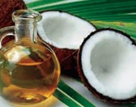Vaji i kokosit, në shërbim të bukurisë