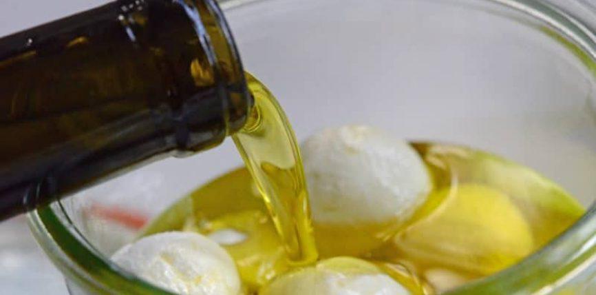 Kosi dhe vaji i ullirit sjellin rënie në peshë
