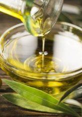 Kura që rekomandohet me gjethe ulliri