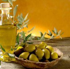 Vaji i ullirit, lëngu mrekullibërës për shëndetin e njeriut