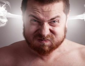 Dëmi që i shkakton shëndetit zemërimi