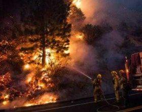 Zjarret kërcënojnë Kaliforninë