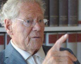 """Teologu zviceran Dr. Hans Küng: """"Nuk mund ta mohojmë se Muhamedi është udhëzimi i vërtetë për shpëtim"""""""